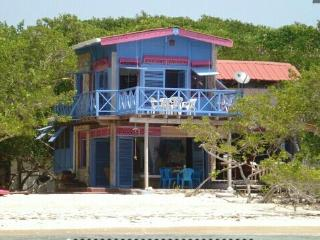 BEACH HOUSE ISLA DE BARU, CASA DE SIRENAS - Cartagena District vacation rentals
