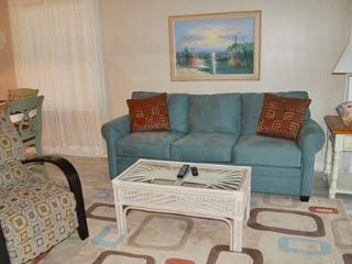 River Oaks 2BR villa, near golf/beach/more! - Myrtle Beach vacation rentals