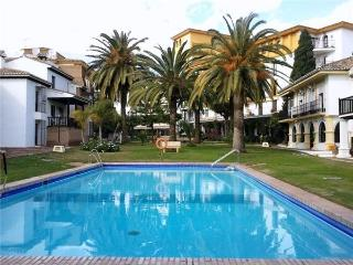 Renovated apartment for 4 persons, with swimming pool , in Fuengirola - Fuengirola vacation rentals