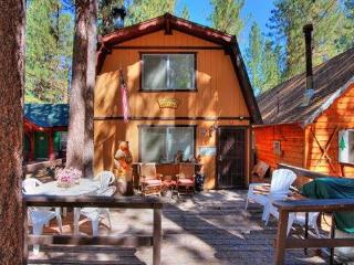 Bearfoot Cabin - Big Bear City vacation rentals