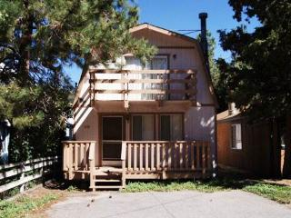 Country Cottage - Big Bear City vacation rentals