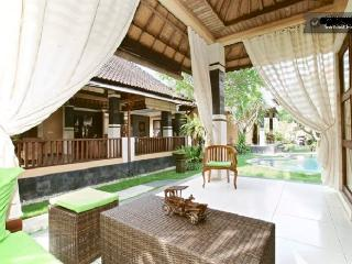 Beautiful villa with swimming pool in Sanur! - Sanur vacation rentals
