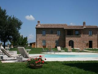 VILLA OVIDIO beautiful villa  private pool  sauna - Monte San Savino vacation rentals