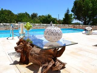 I TRULLI DI ANNETTA Lovely villa with pool - San Bartolomeo al Mare vacation rentals