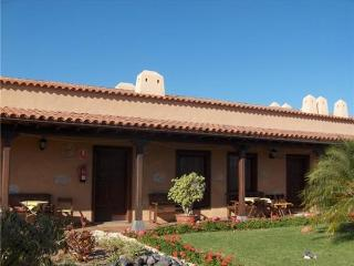 Apartment for 3 persons, with swimming pool , in Arona - Tenerife vacation rentals