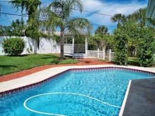 the pool is so refreshing - Hog Wild! Private Home, 3 Br, Solar Heated Pool - Ormond Beach - rentals
