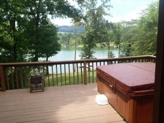 On Golden Pond - New Tazewell vacation rentals