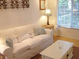 On Walkstreet,  2 Bed 2 bath, one Minute to Sand, - Venice Beach vacation rentals