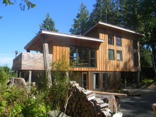 Lucky Eagle Guest Lodge - Tofino vacation rentals