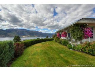 Newly Renovated Lakehouse with Okanagan Lake right at the end of the driveway - Lake Country vacation rentals