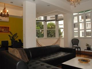 Modern 2,5 Bedroom Apartment one block distance from the famous beach of Copacabana #30 - Rio de Janeiro vacation rentals