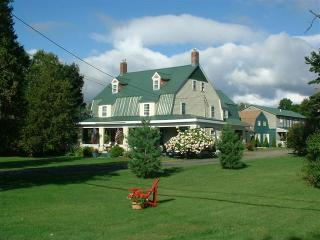 Hunger Mountain Ski House - Central Vermont vacation rentals