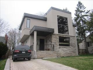 Oasis of City! 4000 Sqft Lakeview House in Midtown - Toronto vacation rentals