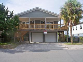 Flip Flop Hut - Brand New Renovation (Sleeps 8-10) - Wrightsville Beach vacation rentals