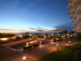 MPH4 Sunset Alttus - Ocean View with Pool - La Paz vacation rentals