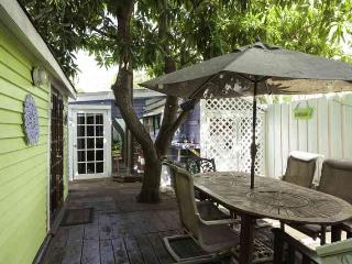 Mermaid Cove- A small compound - Key West vacation rentals