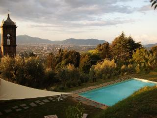 Cottage on the hills with pool and spectacular view. June discount! - Lucca vacation rentals