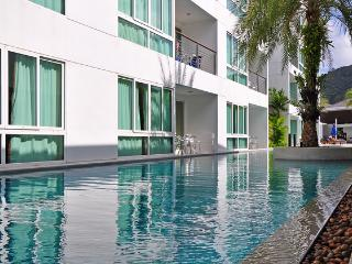 Stunning seaview 3 bedroom Penthouse w. Jacuzzi - Kamala vacation rentals