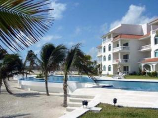 Welcome to CRV #112 & its wonderful Mexican flavor - Puerto Morelos vacation rentals