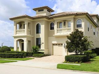 Luxury 5 bed with rooftop hot tub & great views! - Kissimmee vacation rentals