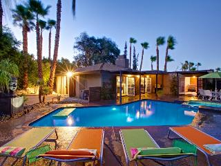 Lunaparadise.com - West Hollywood vacation rentals