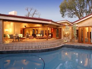 Executive Residence in Sandton Johannesburg South Africa - Ideal for Business Executives - Gauteng vacation rentals