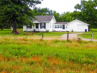 Farm House Stay - Parsons vacation rentals