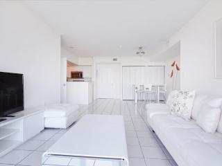 2 bed / 2 bath apartment in Miami 5-4 - Sunny Isles Beach vacation rentals