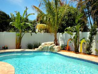 Pool 1 - SIMPLY CHIC - Holmes Beach - rentals