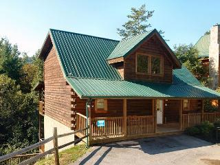 Beautiful 5 Bedroom Log Cabin Rental Close to the Pigeon Forge Parkway - Sevierville vacation rentals