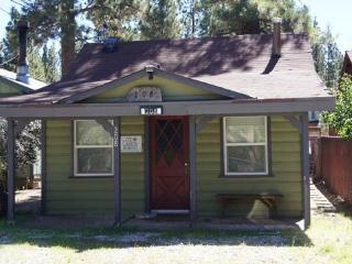 Lil Cabin - Big Bear City vacation rentals