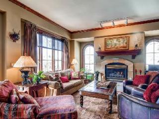 Elegant Vacation Villa Near Slopes, Shopping & Dining - Oxford Court 201 - Beaver Creek vacation rentals