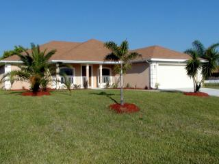 Casa O'Malley – Extra Large Pool - Cape Coral vacation rentals