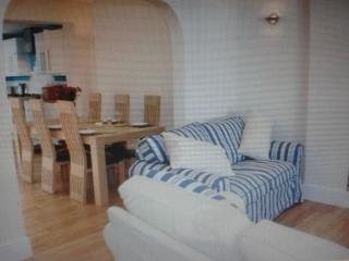 Anchor Cottage. Beautiful,stylish holiday cottage. - Dartmouth vacation rentals