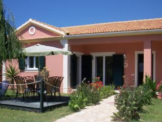 STRAWBERRY VILLA - 3 bedrooms, 100m from the beach - Corfu vacation rentals