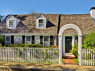 EDGARTOWN VILLAGE COMPOUND WITH GUEST HOUSE AND POOL - EDG SRYA-15 - Martha's Vineyard vacation rentals