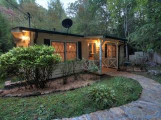 Dogwood Creekside | Rustic cottage on Fightingtown Creek - Blue Ridge vacation rentals