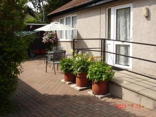 BEACHMOUNT HOLIDAY BUNGALOW - Conwy County vacation rentals