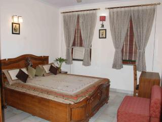 A Warm, Vibrant, Clean & Affordable stay in Delhi - National Capital Territory of Delhi vacation rentals