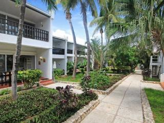 Cupecoy Beach Club Condo - Unit 118 - Philipsburg vacation rentals