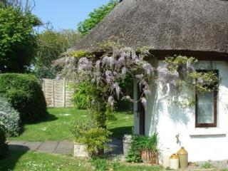 Little Orchard Cottage - http://www.cottages-ireland.com/cottages/little-orchard/ - County Meath vacation rentals