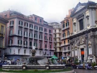 Relax in the heart of Naples (wi-fi) - Napoli vacation rentals