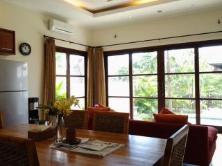 Tropical modern villa by the beach - Jimbaran vacation rentals