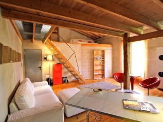 Artist loft in the heart of Santa Catalina, Palma - Palma de Mallorca vacation rentals