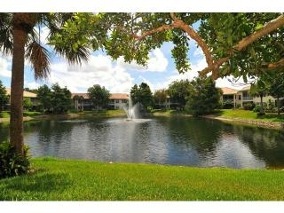 Lovely Pelican Marsh lake-view condo - Naples vacation rentals