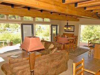 Awesome 3BR/2BA Condo On River/Huge Deck/Pool/Tub. - Telluride vacation rentals