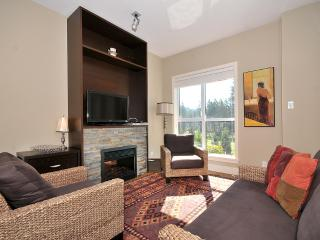 Victoria Executive 1 Bedroom Condo With Fairway Views at Bear Mountain - Victoria vacation rentals