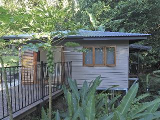 Tropical Stratford Studios - Cairns District vacation rentals