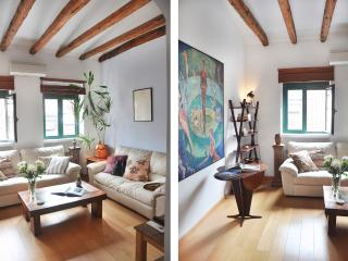 Gran Opera, three bedrooms with great views. - Madrid vacation rentals