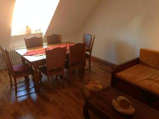 Vacation Apartment in Essen - 484 sqft, comfortable, WiFi (# 4396) - Essen vacation rentals